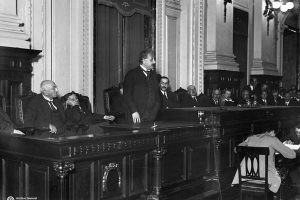 Photo of Einstein delivering a lecture in Argentina.